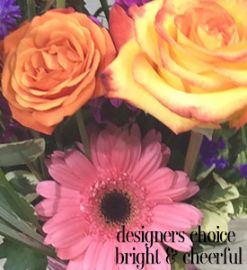 Designer's Choice Bright and Cheerful Arrangement